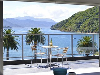 Wonderful Condo with Television and Water Views - Picton vacation rentals