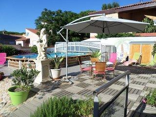 Chambres d'hôtes de charme proche de la mer - Sainte-Marie-la-Mer vacation rentals