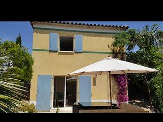 sanaryvilla56 entre la plage et le port - Sanary-sur-Mer vacation rentals