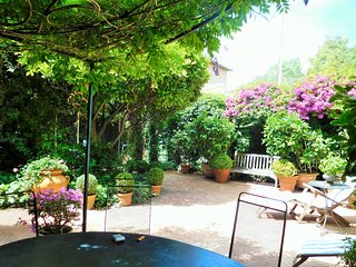 Beautiful Belle Epoque villa garden close to beach - Saint-Jean-Cap-Ferrat vacation rentals