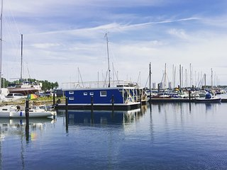 Ostsee Hausboot mit Meeresblick Antje Frieda - Burg auf Fehmarn vacation rentals