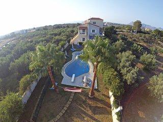Villa Ifigeneia with pool in Chania - Akrotiri vacation rentals