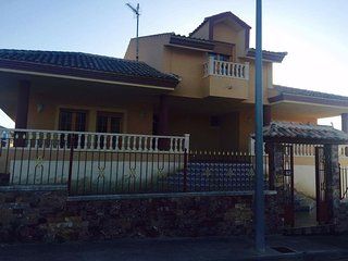 5 bedroom detached villa with private pool - Calasparra vacation rentals