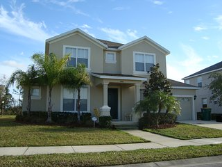 Great Pool House 6 Bed/5 Bath 20 min from Disney - Kissimmee vacation rentals