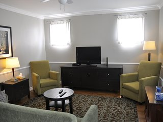 Cozy 1 bedroom, central Moncton - Moncton vacation rentals