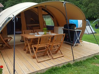 """Tente AWAYA """"EASY to CAMP"""" - Sixt-Fer-a-Cheval vacation rentals"""