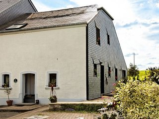 4 bedroom House with Internet Access in Neufchateau - Neufchateau vacation rentals