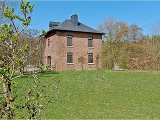 8 bedroom House with Internet Access in Somme-Leuze - Somme-Leuze vacation rentals
