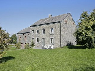 Nice 11 bedroom House in Bastogne with Internet Access - Bastogne vacation rentals