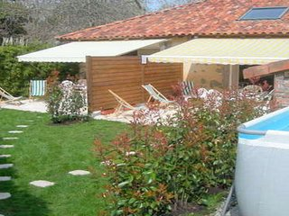 Granges pour 12 pers, 6 ch, 3sdb, piscine, jardin - Soustons vacation rentals