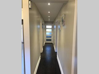 Papineau Plaza Clean And Spacious - Montreal vacation rentals