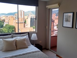 Laureles SALE, check prices 1 month or more - Medellin vacation rentals