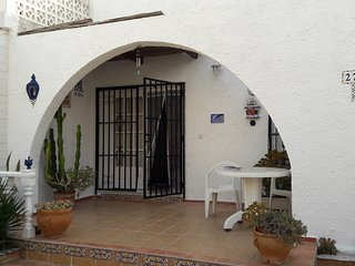 2 bedroom Bungalow with Satellite Or Cable TV in San Miguel de Salinas - San Miguel de Salinas vacation rentals