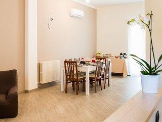 Casa Scinella - Cilento Guest House - Ogliastro Cilento vacation rentals