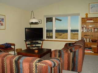 #334 - Top Floor Oceanfront with Vaulted Ceiling - Westport vacation rentals