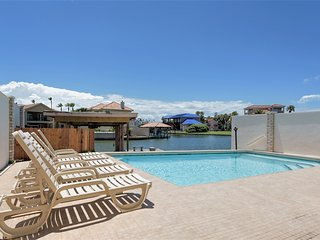 Casa Bahia  Private home on water, pool & boat slip! - South Padre Island vacation rentals