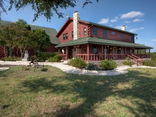 Luxury Hill Country Log Home -Grand View Escape - Wimberley vacation rentals