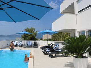 NEU Exklusive Ferienwohnungen mit Pool  in Komarna - Komarna vacation rentals