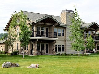 Lovely 2 bedroom Dover Condo with Internet Access - Dover vacation rentals
