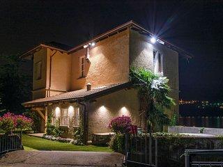 Romantic 1 bedroom Villa in Omegna - Omegna vacation rentals