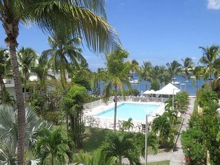 LAGUNA VIEW... 1BR in Nettle Bay, St Martin - Palms Central vacation rentals