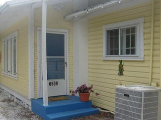 Conch Cottage by the Cotee River - New Port Richey vacation rentals