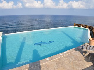 Beautiful 4 bedroom Pomos House with Internet Access - Pomos vacation rentals