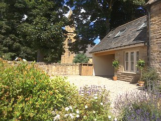 School Master's Cottage -4 Star, GOLD Award - Berwick upon Tweed vacation rentals
