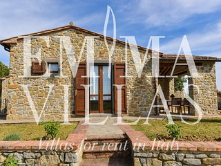 Bright Villa with Internet Access and A/C - Piana vacation rentals
