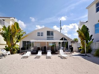 Treasure Island Gulf Front Duplex - South Side, Sleeps 4, Small Dog Friendly! - Treasure Island vacation rentals