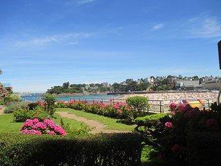 Bel appartement 2 pièces Rez de jardin, Vue Mer - 203 - Dinard vacation rentals