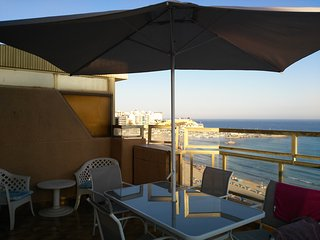 Nice 3 bedroom Benidorm Condo with A/C - Benidorm vacation rentals