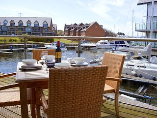 Mill Pond View, Newport, Isle of Wight - Newport vacation rentals