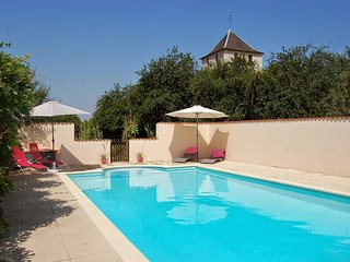 La Belle Lavande, Gite and Chambre d'Hotes - Bourg-Charente vacation rentals