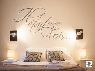 Ti au T3, vieille ville 100 à 230€/s  saison/apt - La Roche-Posay vacation rentals