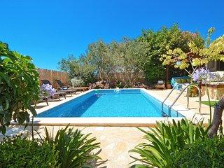 TROGIR, OKRUG GORNJI, Luxury villa - Okrug Gornji vacation rentals