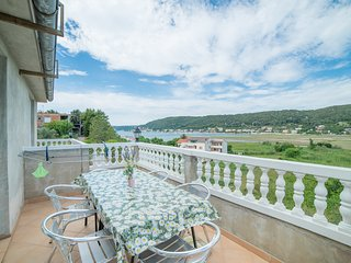 TH02804 Apartments Gordana / Two bedrooms A4 PURPLE - Supetarska Draga vacation rentals