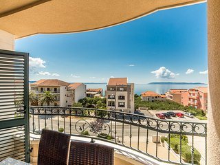 TH03486 Apartments Villa Tučepi / Two Bedroom A5 - Tucepi vacation rentals