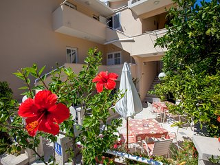 TH03512 Apartments Nives / One bedroom A4 (2+2) - Podgora vacation rentals