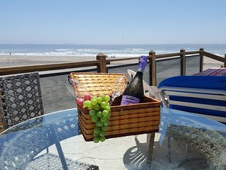 BEACH VIEW at Downtown Rosarito, WIFI, direct acce - Rosarito vacation rentals
