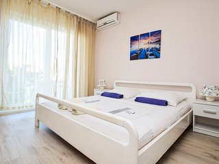 TH01279 Revelin Guest House / Romm S3 - Pag vacation rentals