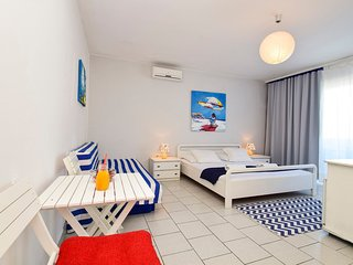 TH01279 Revelin Guest House / Room S7 - Pag vacation rentals