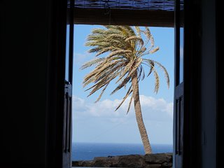 Cozy 2 bedroom Scauri Condo with A/C - Scauri vacation rentals