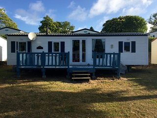 Large Mobile Home in 5 star Holiday Park Brittany - Landudec vacation rentals