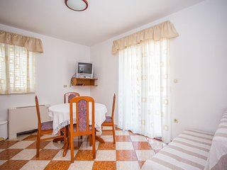 TH03550 Vila Bili / One bedroom 113 - Klek vacation rentals
