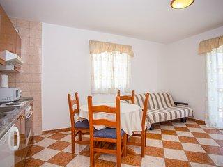 TH03550 Vila Bili / One bedroom 123 - Klek vacation rentals