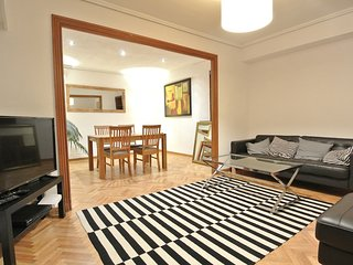 Spacious and quiet 4 bedroom apt with lift - Valencia vacation rentals