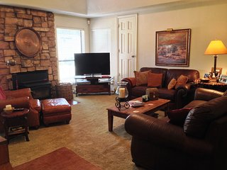 Bright House with Television and Mountain Views - Angel Fire vacation rentals