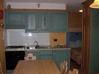 Nice Condo with Television and Mountain Views - Folgarida vacation rentals