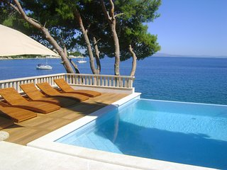 7 bedroom Villa with Internet Access in Okrug Gornji - Okrug Gornji vacation rentals